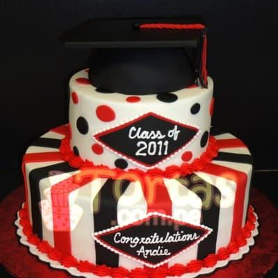 Diloconrosas.com - TORTA GRADUACION 05 - Codigo:TGR05 - Detalles: Deliciosa  torta de keke De Vainilla    y ba�ado en manjar blanco. De las medidas primer nivel 20cm. dediametro y segundo 15cm de diametro. Rinde aproximadamente 35 porciones. . Incluye birrete no comestible.   - - Para mayores informes llamenos al Telf: 225-5120 o 476-0753.
