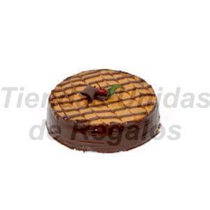 Torta Rapida 04 - Codigo:TNR04 - Detalles: Extraordinadira combinaci�n entre l�cuma!! Base de keke h�medo de chocolate, relleno con crema especial de l�cuma, ba�ado con ganash de chocolate y decorado con cerezas, incluye tarjeta de dedicatoria, 2 k - - Para mayores informes llamenos al Telf: 225-5120 o 4760-753.