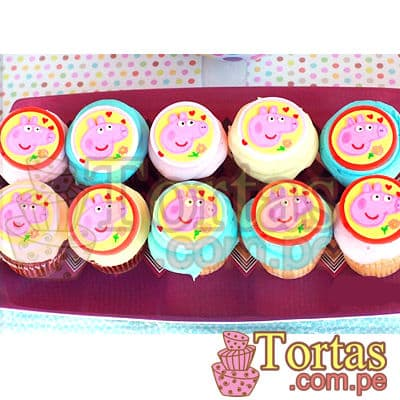 Muffins Peppa - Codigo:TPE05 - Detalles: Deliciosos 10 muffins de vainilla con el diseño de cara de Peppa en masa elastica.  - - Para mayores informes llamenos al Telf: 225-5120 o 4760-753.