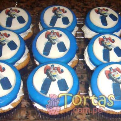 Tortas.com.pe - Muffins Tranformers 01 - Codigo:TRF01 - Detalles: Deliciosos 9 muffins de vainilla ba�ados con manjar blanco incluyen foto-impresi�n comestible de Tranformers seg�n imagen. El presente viene en una caja e incluye tarjeta de dedicatoria.  - - Para mayores informes llamenos al Telf: 225-5120 o 476-0753.