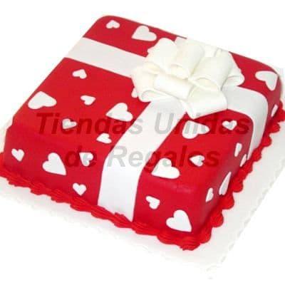 Diloconrosas.com - Torta Caja de Regalo - Codigo:TRR01 - Detalles: Torta a base de keke De Vainilla, ba�ada con manjar blanco y forada con masa elastica con medidas 25cm x 25cm decorada en fina masa elastica. Rinde aproximadamente 20 porciones - - Para mayores informes llamenos al Telf: 225-5120 o 476-0753.