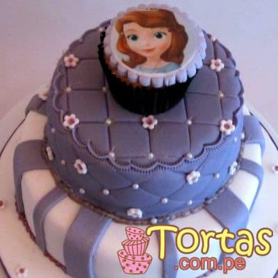 Deliregalos.com - Torta Princesa Sofia 06 - Codigo:TSI06 - Detalles: Deliciosa torta de keke ingles, ba�ado con manjar blanco y forrado con masa el�stica. Primer piso de 25cm de diametro, segundo piso de 15cm de diametro, incluye muffin con foto-impresion segun imagen. - - Para mayores informes llamenos al Telf: 225-5120 o 476-0753.