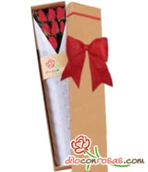 Caja de 6 rosas importadas - Codigo:VLN28 - Detalles: Exclusiva caja ecologica Diloconrosas conteniendo 6 rosas rojas importadas de tallo largo. Incluye tarjeta de dedicatoria. - - Para mayores informes llamenos al Telf: 225-5120 o 4760-753.
