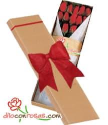 Caja de 12 rosas importadas - Codigo:VLN30 - Detalles: Exclusiva caja ecologica Diloconrosas conteniendo 12 rosas rojas importadas de tallo largo. Incluye tarjeta de dedicatoria. - - Para mayores informes llamenos al Telf: 225-5120 o 4760-753.