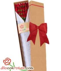 Caja de 24 rosas importadas - Codigo:VLN32 - Detalles: Exclusiva caja ecologica Diloconrosas conteniendo 24 rosas rojas importadas de tallo largo. Incluye tarjeta de dedicatoria. - - Para mayores informes llamenos al Telf: 225-5120 o 4760-753.