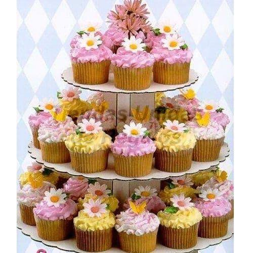 I-quiero.com - TORTA MUFFIN 45 - Codigo:WAM45 - Detalles: Torta de tres niveles a base de muffins. Compuesta por 40 muffins de vainilla finamente decorados. - - Para mayores informes llamenos al Telf: 225-5120 o 476-0753.