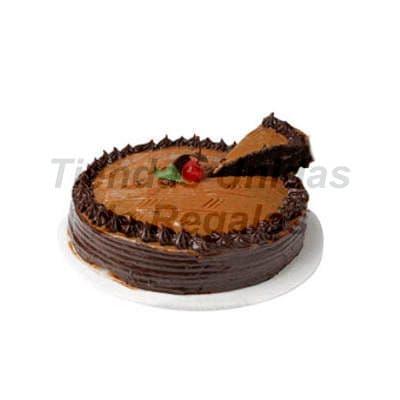 I-quiero.com - Torta Chocolate  05 - Codigo:WCH05 - Detalles: Delicioso Queque de Chocolate relleno con manjar blanco ba�ado por encima con chocolate y decorado con una exquisita ceresa.Mide 25cm de diametro. Rinde 25 porciones, - - Para mayores informes llamenos al Telf: 225-5120 o 476-0753.