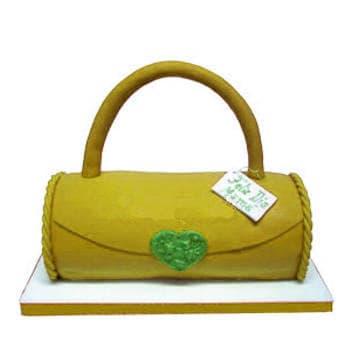Torta Cartera - Codigo:WDA12 - Detalles: Exquisito keke ingles con manajarblanco, decorada con Masa Elastica en forma de Cartera. Modelada en keke 20cm de largo x 10cm de ancho - - Para mayores informes llamenos al Telf: 225-5120 o 4760-753.