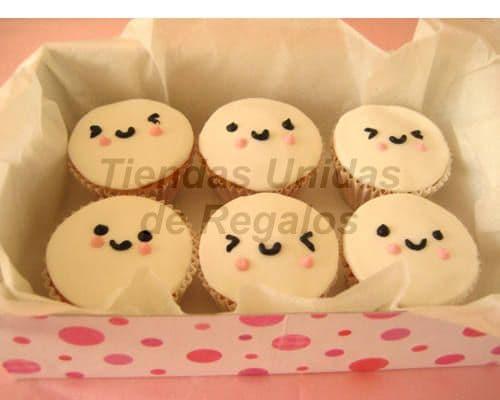 Tortas.com.pe - Muffin Art�stico 16 - Codigo:WMF16 - Detalles: 6 muffin,decorados con masa elastica y figuras de caritas. - - Para mayores informes llamenos al Telf: 225-5120 o 476-0753.