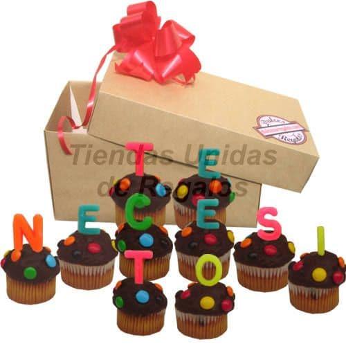 Tortas.com.pe - Muffin  Artistico 23 - Codigo:WMF23 - Detalles: 10 muffins, ba�ados de chocolate y finamente decorados con grageas, con el mensaje