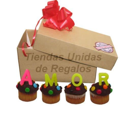 Tortas.com.pe - Muffin Artistico 24 - Codigo:WMF24 - Detalles: 4 muffins, ba�ados de chocolate y finamente decorados con grageas con el mensaje