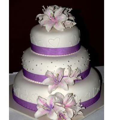 I-quiero.com - Torta quincea�era 28 - Codigo:WQC28 - Detalles: Deliciosa torta de keke De Vainilla   , ba�ada con manjar blanco y forrada con masa elastica con las siguientes medidas: 1er piso de 25cm de di�metro, 2do piso de 20cm de di�metro, 3er piso de 15cm de di�metro, dise�o seg�n imagen, flores naturales - - Para mayores informes llamenos al Telf: 225-5120 o 476-0753.