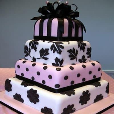 Deliregalos.com - Torta quincea�era 35 - Codigo:WQC35 - Detalles: Deliciosa torta de keke De Vainilla   , ba�ada con manjar blanco y forrada con masa elastica con las siguientes medidas: 1er piso de 35x35cm, 2do de 25x25cm, 3er de 20x20cm, 4to piso de 15cm de di�metro, dise�o seg�n imagen, mo�o en cinta de agua - - Para mayores informes llamenos al Telf: 225-5120 o 476-0753.