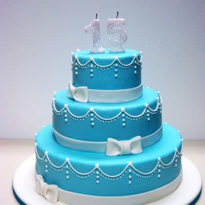Diloconrosas.com - Torta quincea�era 37 - Codigo:WQC37 - Detalles: Deliciosa torta de keke De Vainilla   , ba�ada con manjar blanco y forrada con masa elastica con las siguientes medidas: 1er piso de 35cm de di�mero, 2do piso de 25cm de di�metro, 3er piso de 15cm de di�metro, n�mero modelado - - Para mayores informes llamenos al Telf: 225-5120 o 476-0753.