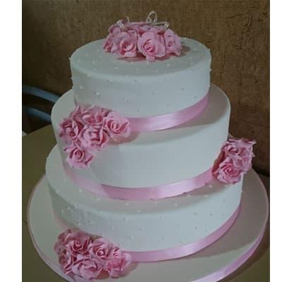 I-quiero.com - Torta quincea�era 40 - Codigo:WQC40 - Detalles: Deliciosa torta de keke De Vainilla   , ba�ada con manjar blanco y forrada con masa elastica con las siguientes medidas: 1er piso de 35cm de di�metro, 2do piso de 25cm de di�metro, 3er piso de 20cm de di�metro, flores modeladas - - Para mayores informes llamenos al Telf: 225-5120 o 476-0753.