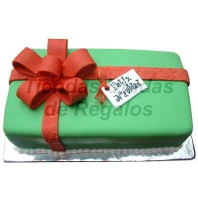Diloconrosas.com - Torta Cajita de Regalo - Codigo:TRR25 - Detalles: Delicioso queque De Vainilla relleno con exquisita fruta confitada, el decorado es a base de masa el�stica. La torta tiene el modelo de cajita de regalo,  Medidas: 20cm x 10cm  - - Para mayores informes llamenos al Telf: 225-5120 o 476-0753.