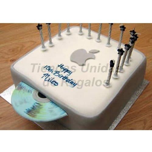 Diloconrosas.com - Torta Apple - Codigo:TRR45 - Detalles: Deliciosa Torta de Cake De Vainilla rellena con fruta confitada y decorada con masa el�stica.  Esta compuesta por 1 queque de 20cm x 20cm, la torta tambien incluye CD modelado y velitas de fantasia.  - - Para mayores informes llamenos al Telf: 225-5120 o 476-0753.