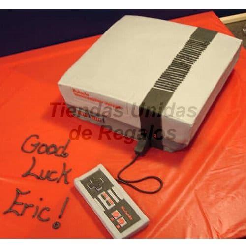Lafrutita.com - Torta Nintendo - Codigo:JDV18 - Detalles: Deliciosa Torta de Cake De Vainilla rellena con frutos secos cubierta con Masa el�stica.  Esta compuesta por 1 queque de 20cm x 20cm, la torta tambien incluye mando del nintendo modelado en azucar - - Para mayores informes llamenos al Telf: 225-5120 o 476-0753.