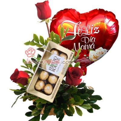 Arreglo de Rosas 27 - Codigo:XBR27 - Detalles: Hermoso arreglo compuesto por 6 rosas importadas adornado con flores y follajes  de estacion este presente viene en una linda base de ceramica. - - Para mayores informes llamenos al Telf: 225-5120 o 4760-753.