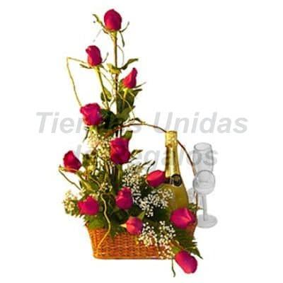 Arreglo de  Rosas 37 - Codigo:XBR37 - Detalles: Arreglo Floral compuesto de 12 finas rosas importadas con una botella de espumante tabernero, todo junto a dos elegantes copas de vidrio  y en base de mimbre. Este producto deberá ser ordenado con 2 dias utiles de anticipación. - - Para mayores informes llamenos al Telf: 225-5120 o 4760-753.