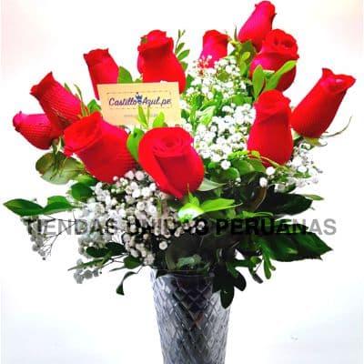 Florero 08 - Codigo:XFR08 - Detalles: Elegante florero de 12 rosas importadas, incluye tarjeta de dedicatoria. Este pedido se realiza con 24 horas de anticipaci�n. - - Para mayores informes llamenos al Telf: 225-5120 o 4760-753.