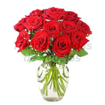 Florero 28 - Codigo:XFR28 - Detalles: Elegante florero de 12 rosas rojas importadas, plantas de decoraci�n, incluye tarjeta de dedicatoria. Este pedido se realiza con 24 horas de anticipaci�n. - - Para mayores informes llamenos al Telf: 225-5120 o 4760-753.