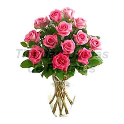Florero 29 - Codigo:XFR29 - Detalles: Elegante florero de 13 rosas rosadas importadas, plantas de decoraci�n, incluye tarjeta de dedicatoria. Este pedido se realiza con 24 horas de anticipaci�n. - - Para mayores informes llamenos al Telf: 225-5120 o 4760-753.
